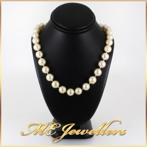 Akoya Pearl Necklace With Sapphire And Diamond Clasp