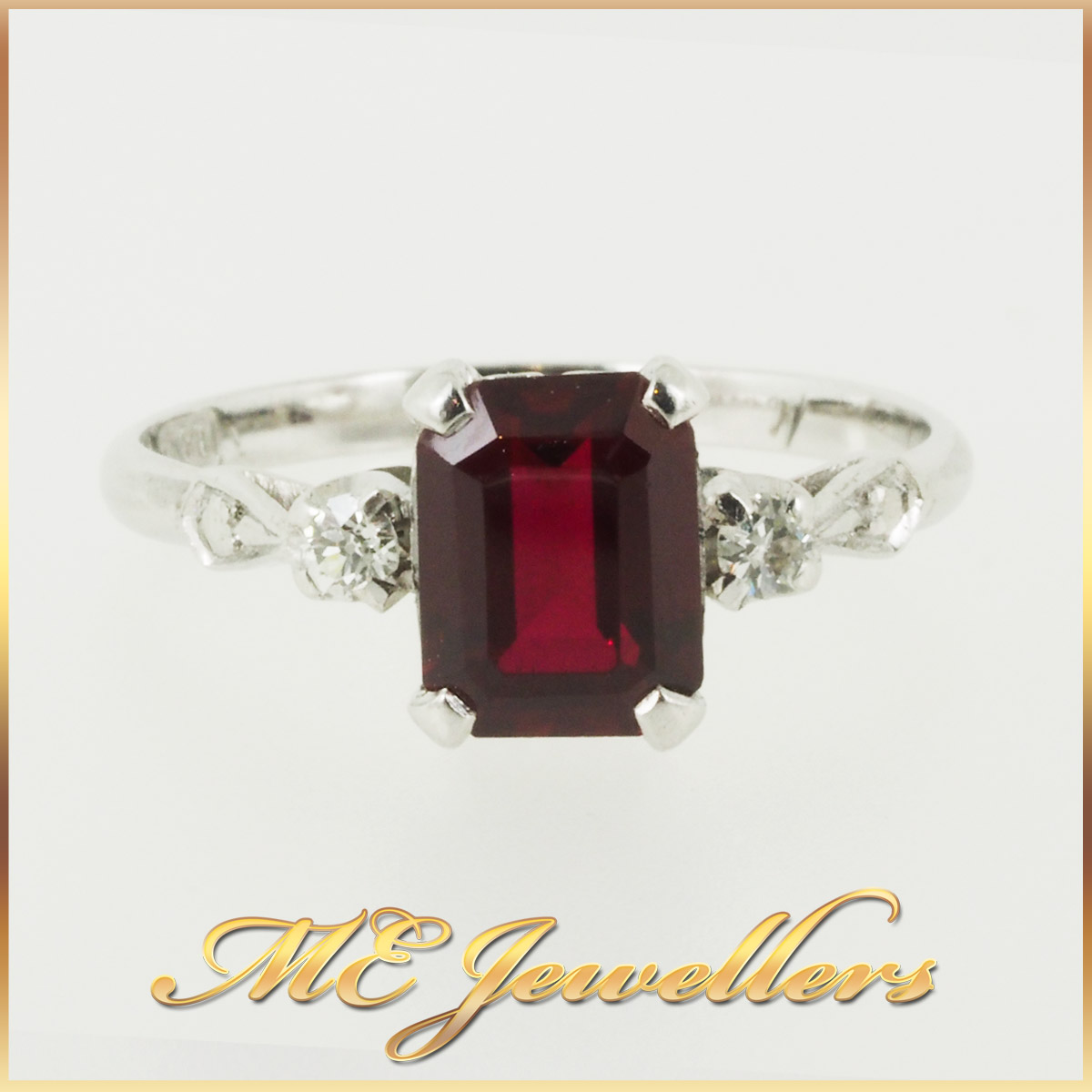 1401_Vintage Ruby Dress Ring With Diamond In Platinum and 18K White Gold (10)