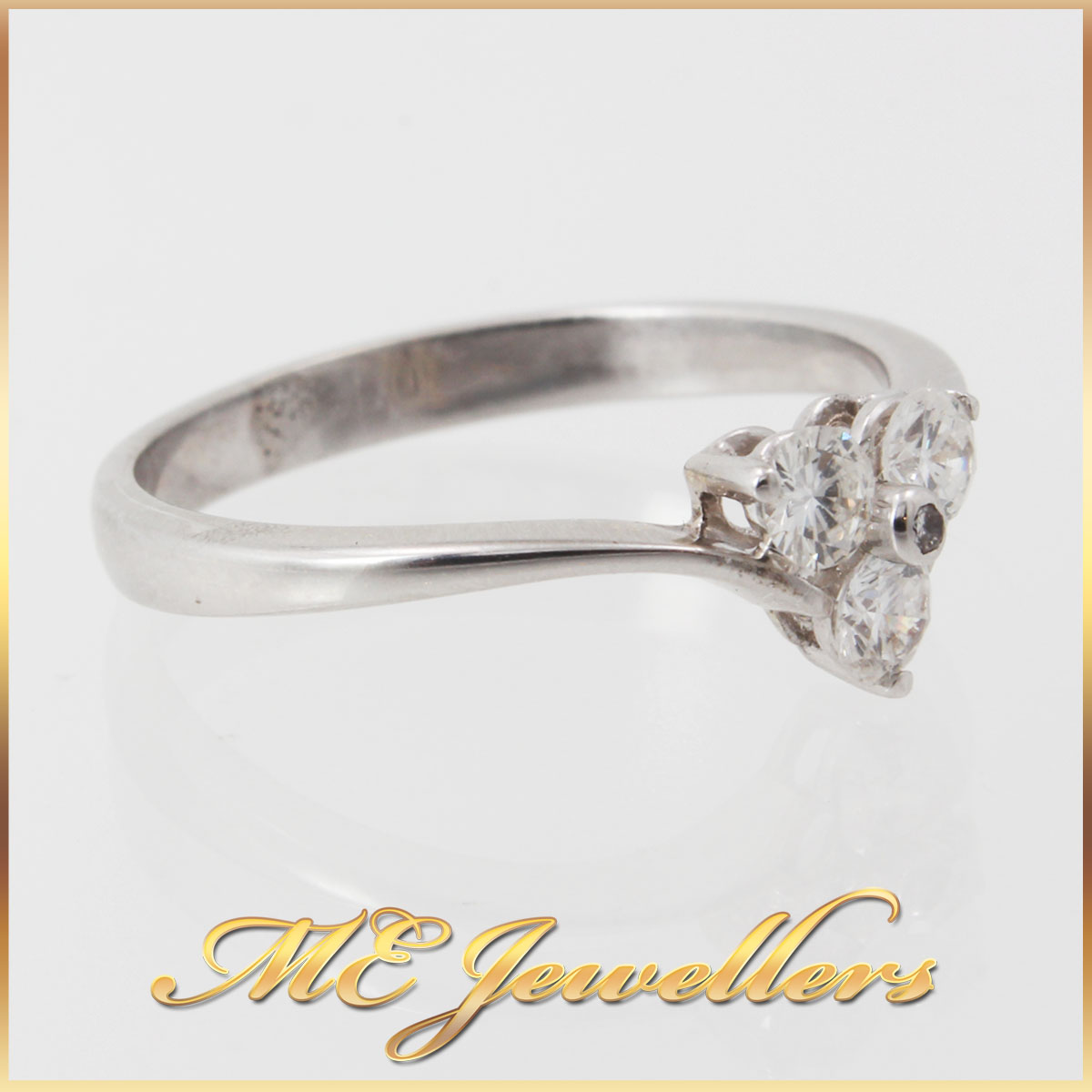 9K White Gold Diamond Dress Ring