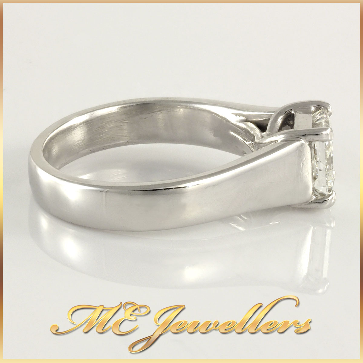 Solitaire White Gold Square Diamond Crossed Set