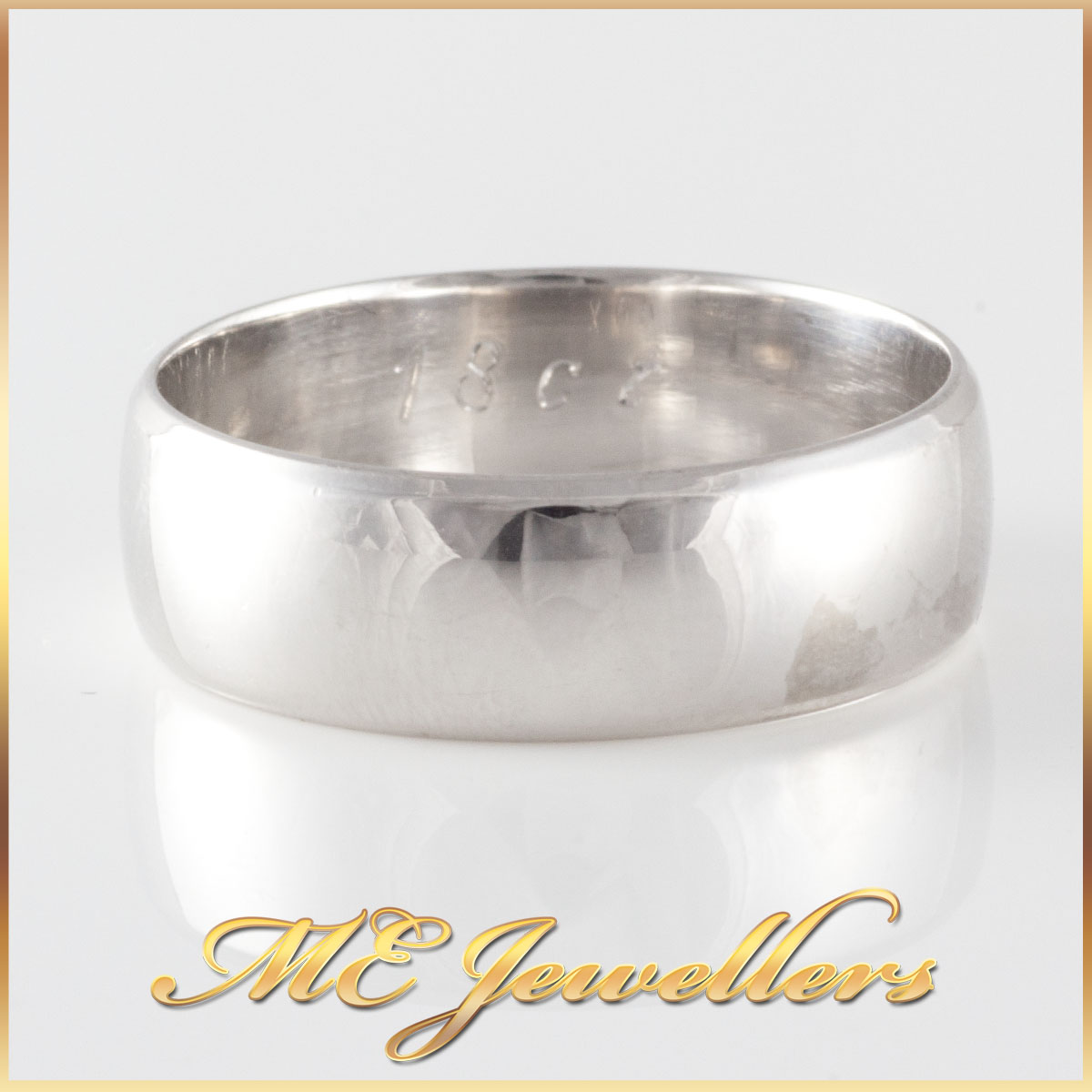 Mens White Gold Smooth Band