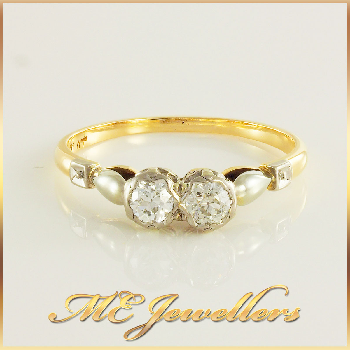 18k Gold Paired Diamond Ring