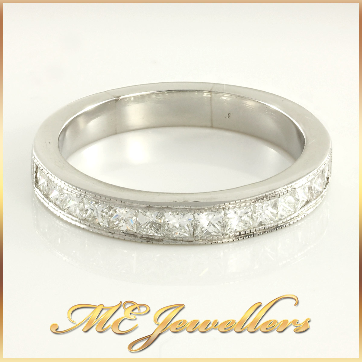 Exquisite Platinum Diamond Wedding Ring