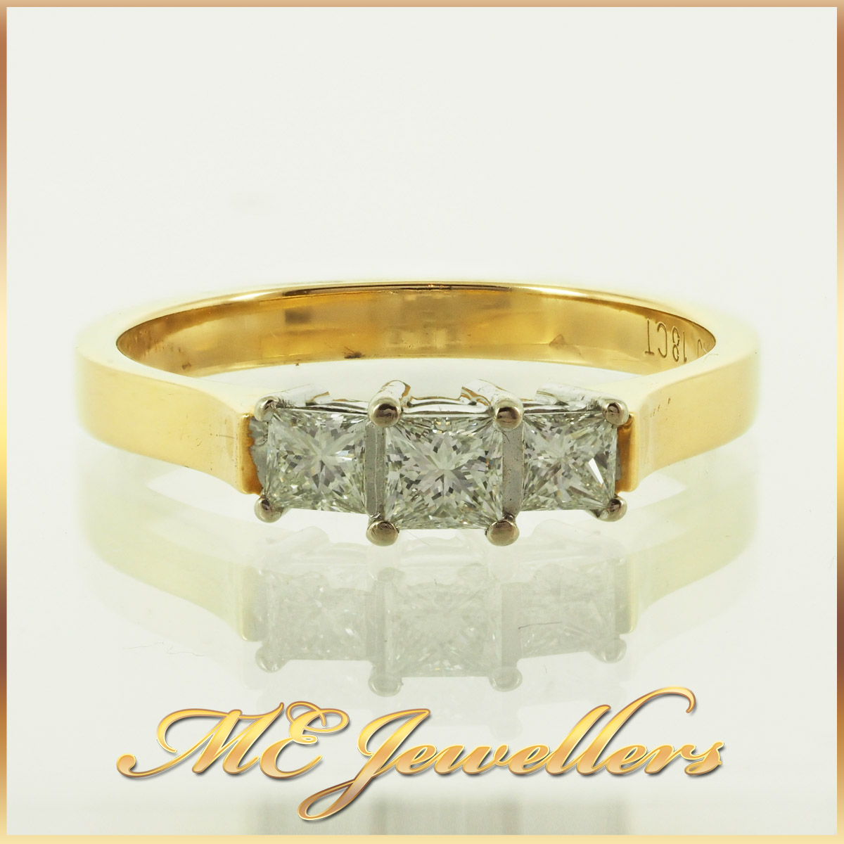 1254_three-stone-princess-cut-diamond-ring-18k-yellow-gold-2