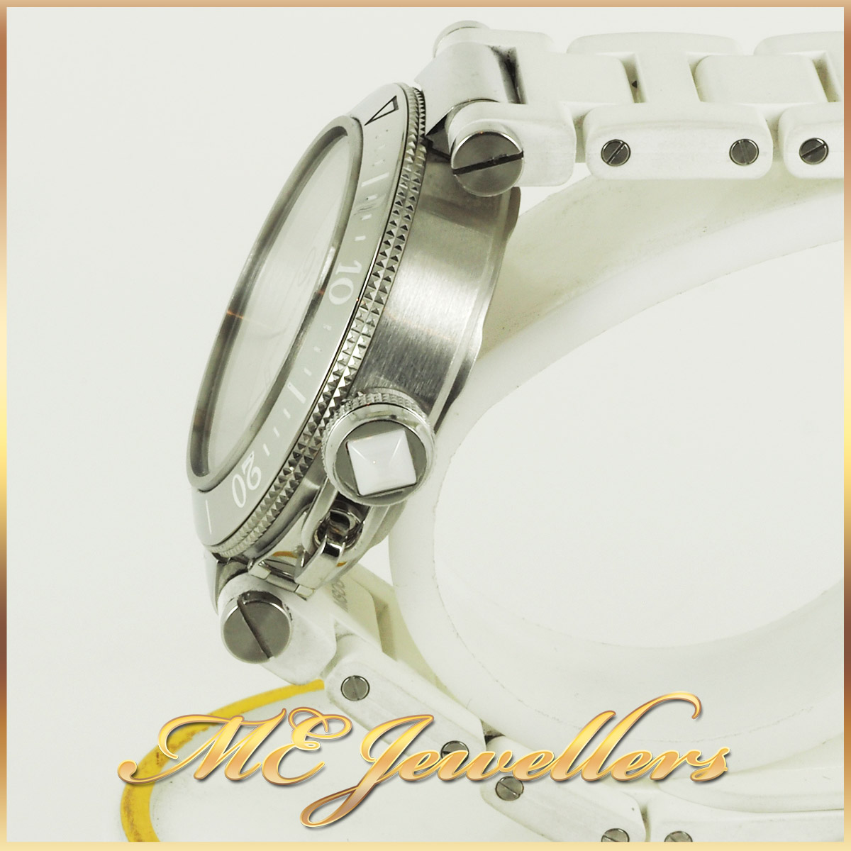 6697_Cartier Pasha De Cartier Watch White Rubber Band (8)