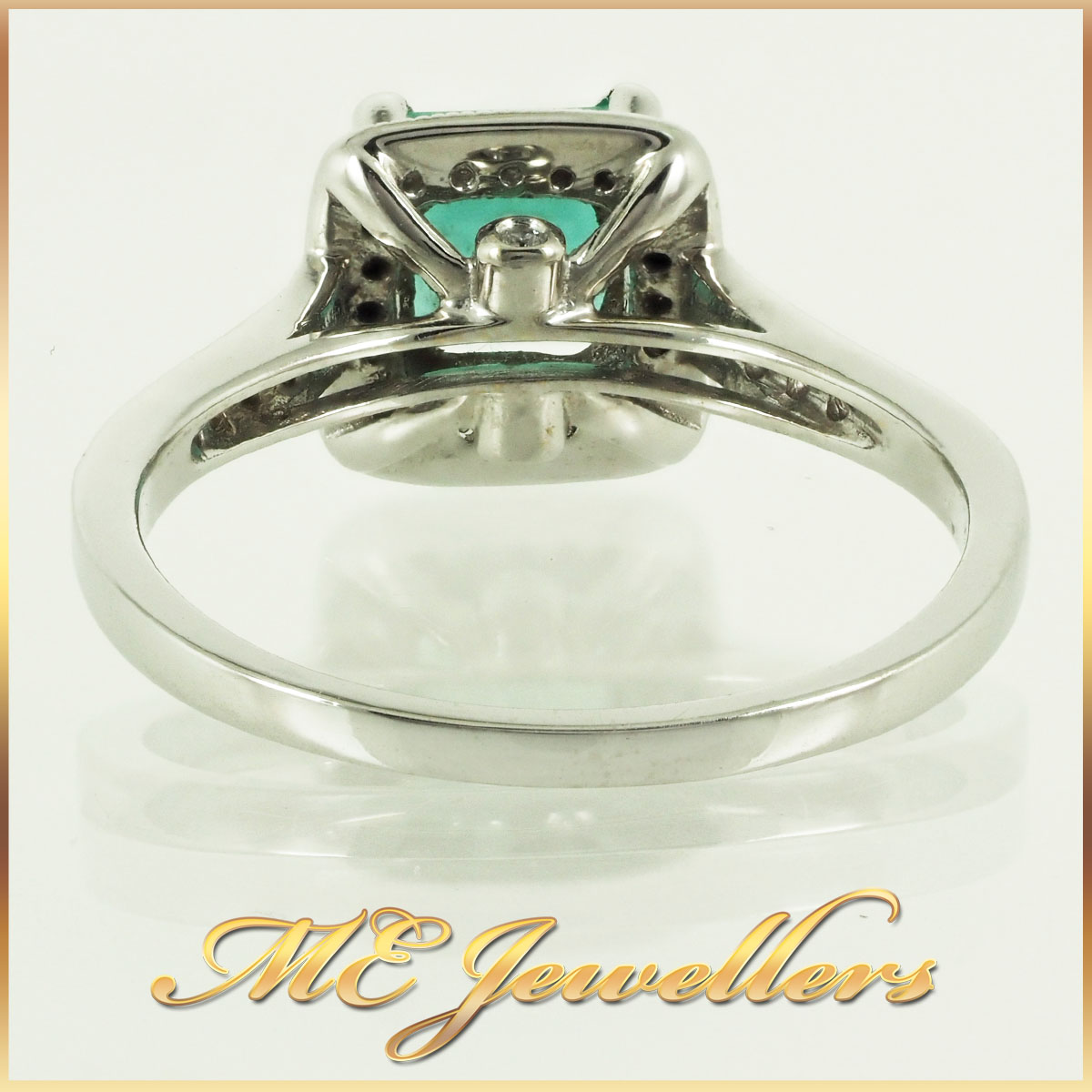 6746 natural-emerald-ring-with-diamond-18k-whg-3