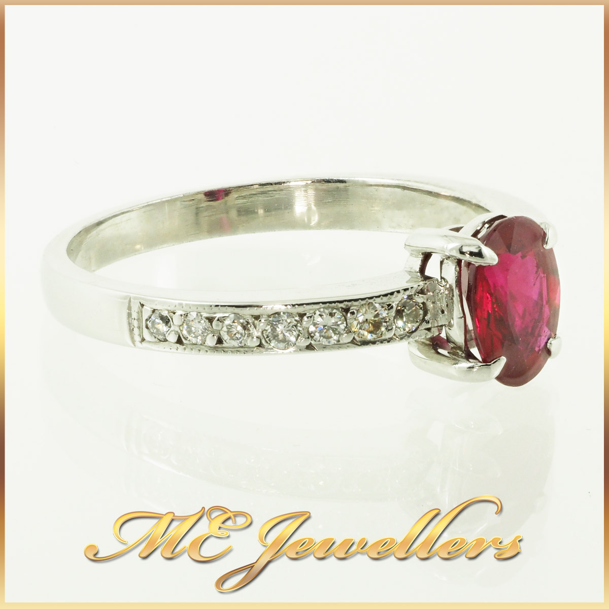 6610-african-ruby-ring-with accents diamond 18K white gold 5