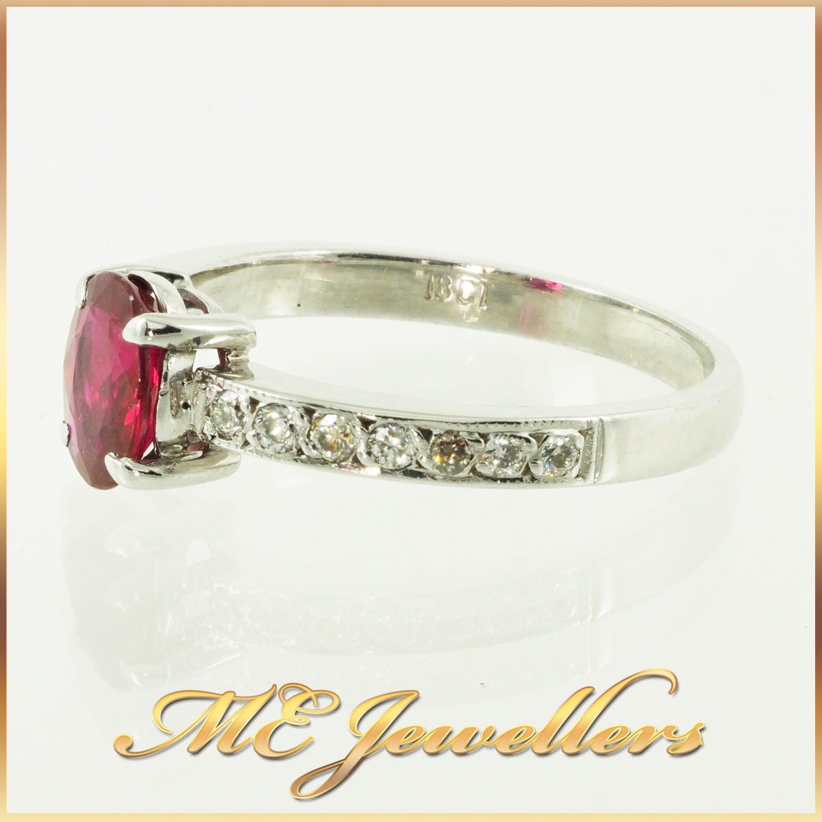 6610-african-ruby-ring-with accents diamond 18K white gold 3