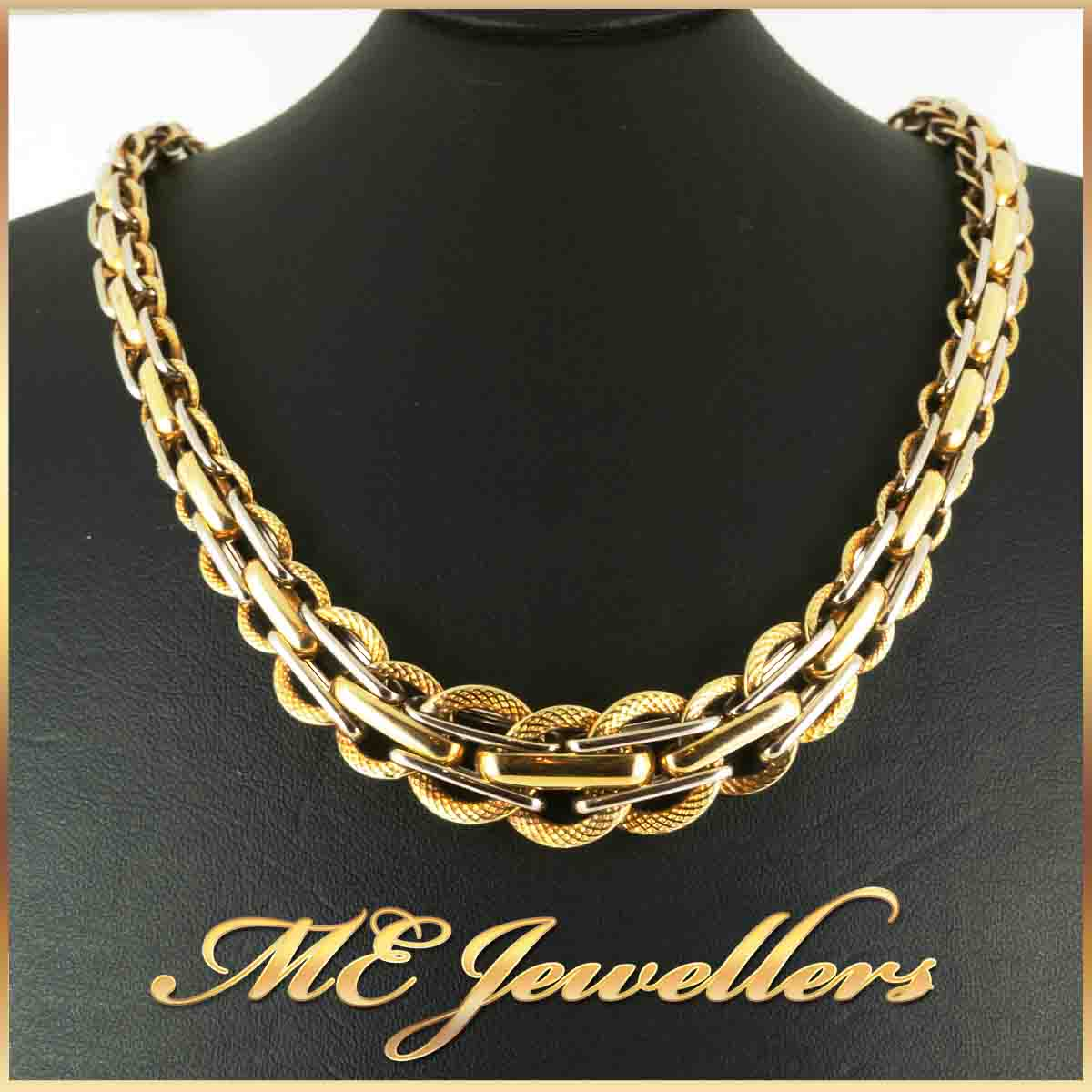 775_18K Gold Dress Necklace Textured Polished Detail 43.5cm 1