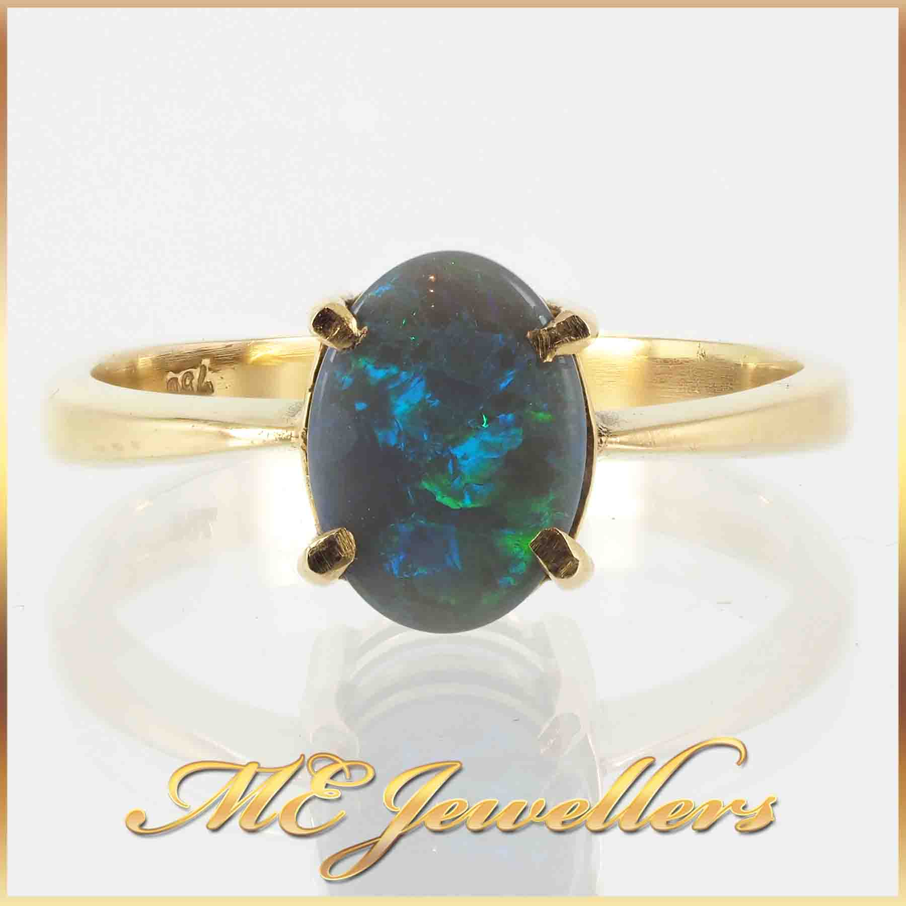 1751-solid-opal-ring-18k-yellow-gold-5