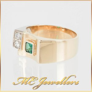 18K Gold Mens Dress Ring Green CZ With Diamonds
