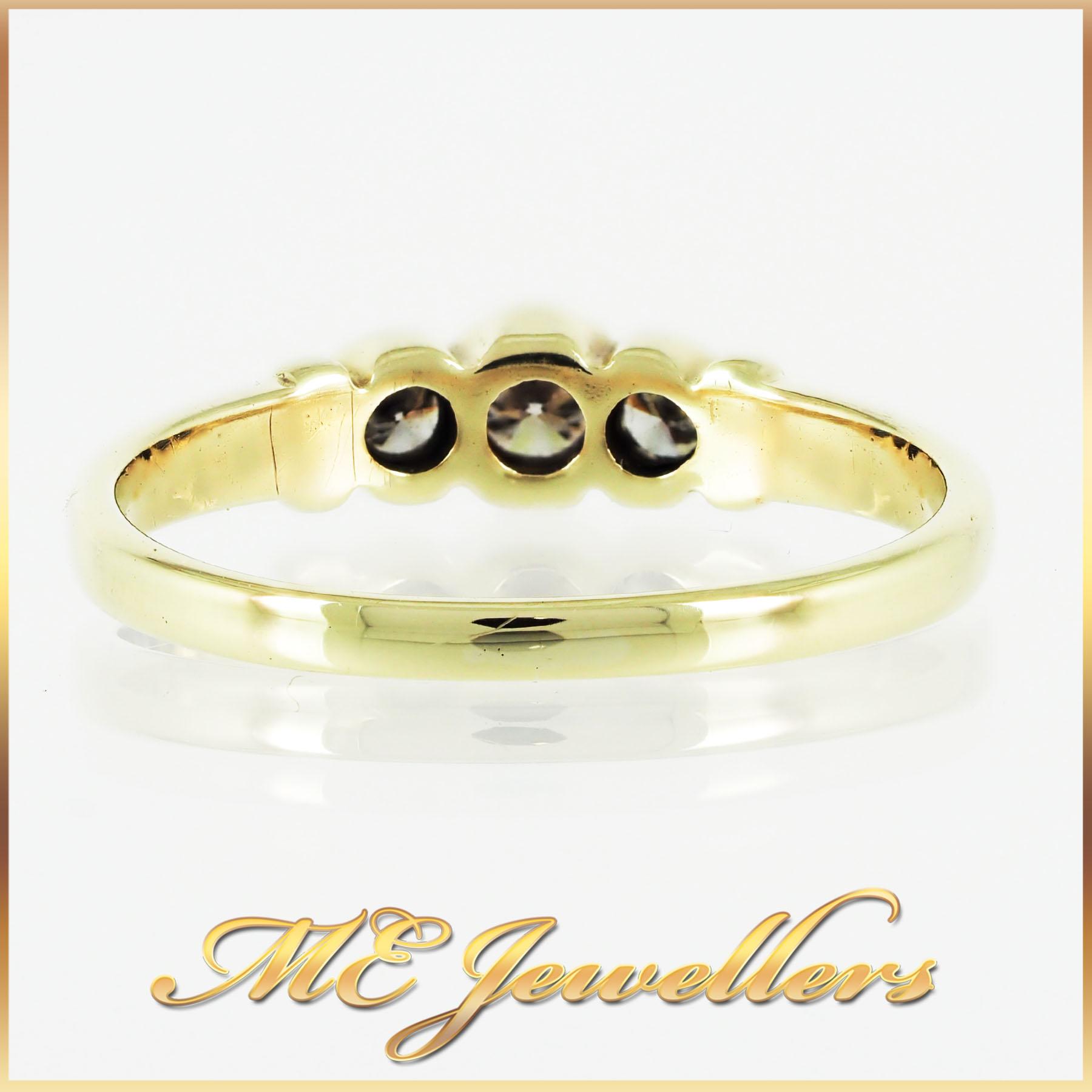 313 Trilogy Diamond Ring 9K Yellow Gold (2)