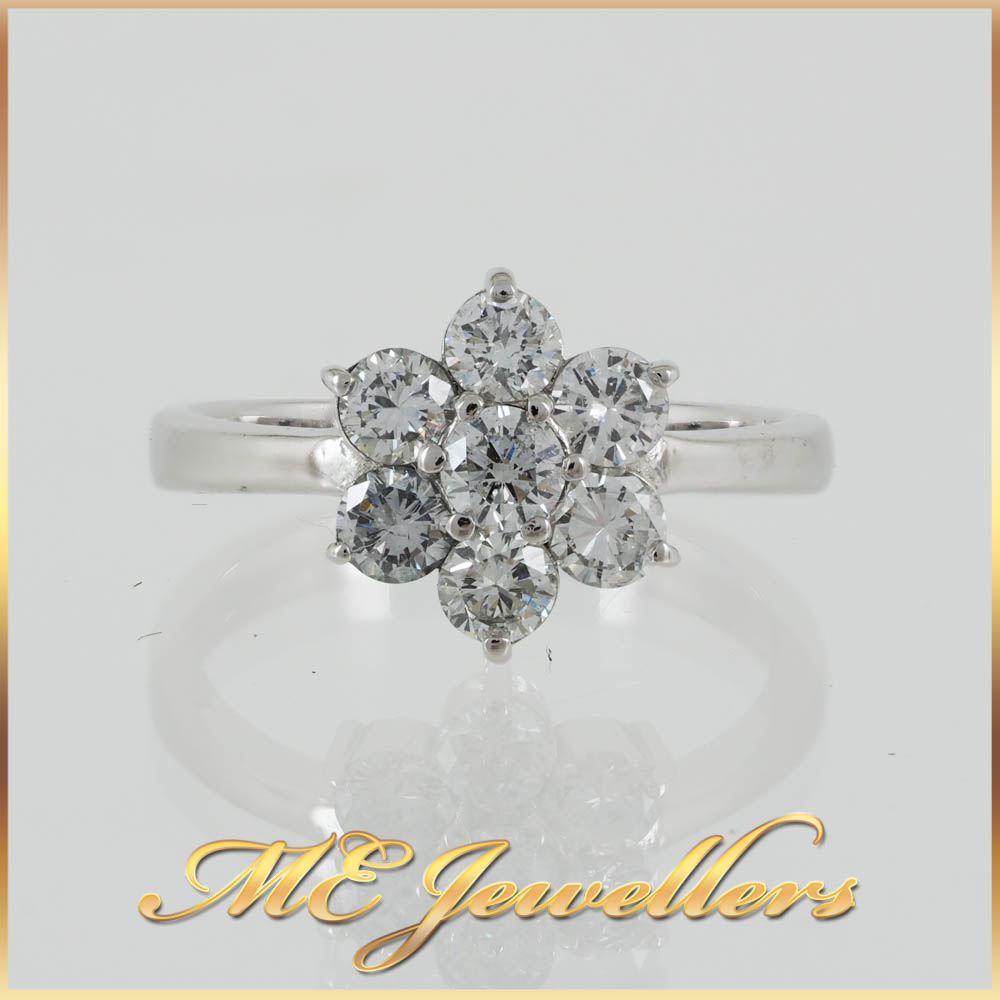 900 Platinum Diamond Flower Ring