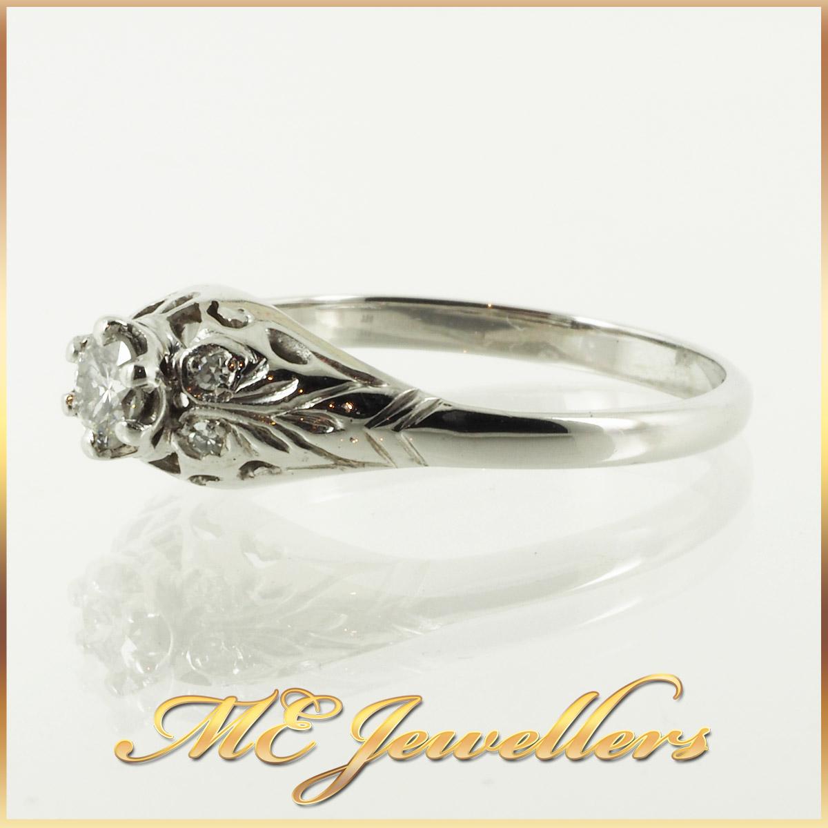 6736_ Vintage style diamond ring 18K white gold 3