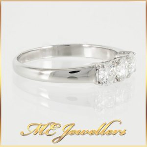 Three Stone 0.20cts Round Diamond Ring