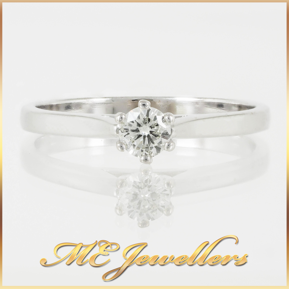 Traditional 18k White Gold Solitaire Ring