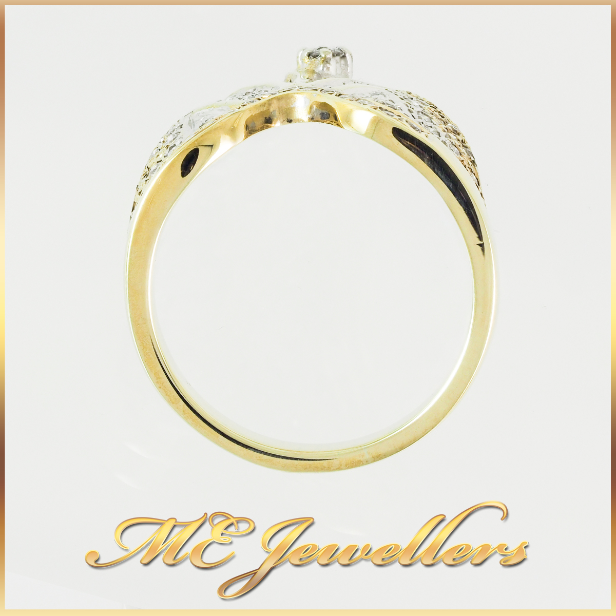 Unique Diamond Pattern Ring