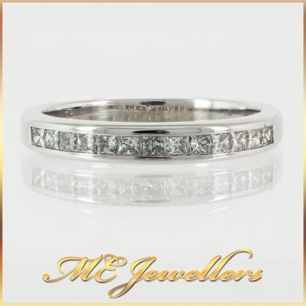 18k White Gold Princess Cut Diamond Wedding Band