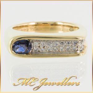 Oval Blue Sapphire 18K Yellow Gold Diamond Ring