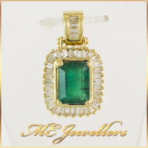 Ladies 1.2CT Natural Emerald Yellow Gold Diamond Pendant