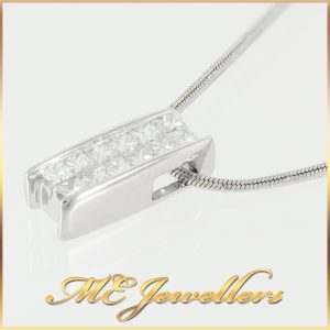 Cluster set diamond necklace