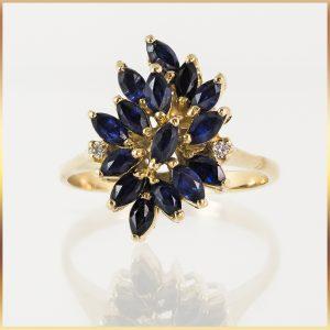 18k Sapphire Cluster Dress Ring