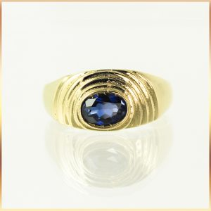 18k Sapphire Mens Dress Ring