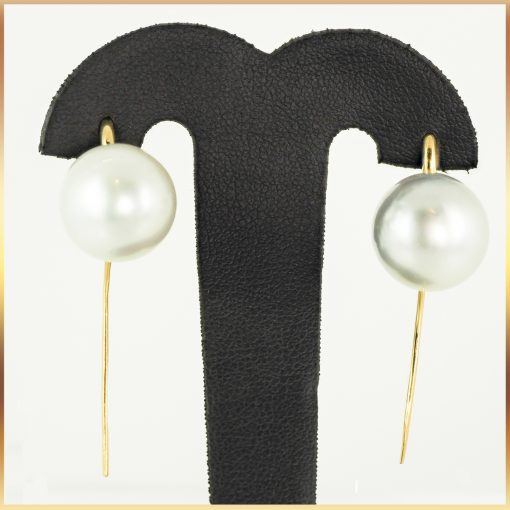 18k Sheppard Hook Pearl Earrings