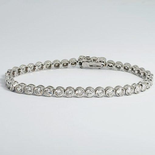 White gold cubic zirconia bracelet