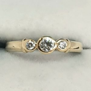 Ladies 0.20tcw Trilogy Diamond