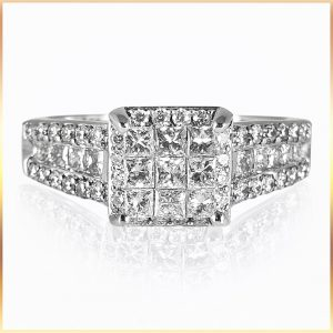 Square Shape Cluster Ring